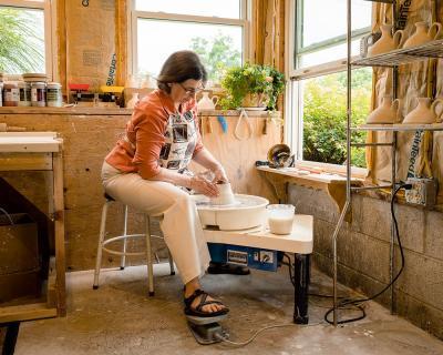 personal-branding-lifestyle-pottery-oil-lamps-ephrata (6)